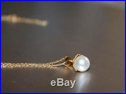 Authentic fine Pearl Jewelry set Necklace earrings. White pearls pure 14K gold