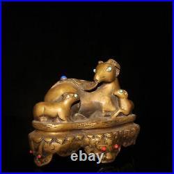 Infrequent China Pure copper set gemstone sheep statue