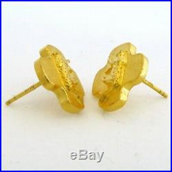 Pure 24K. 9999 Yellow Gold Earrings Set with Leopard Cats (6.25 grams)