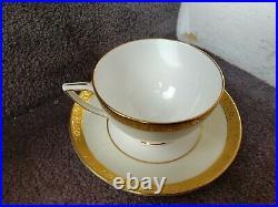 Vintage Minton K154 (40 Piece) China Set 8 Place settings Perfect condition