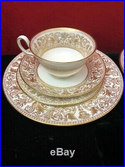 WEDGWOOD china FLORENTINE GOLD W4219 pattern 8-piece Setting Perfect Condition